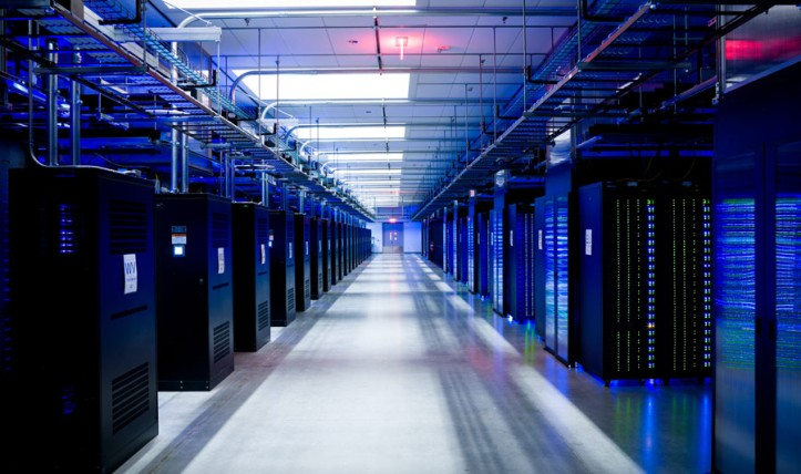 Data Center fb_server_040_x900