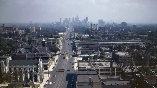 1280px-Detroit_Skyline_1942d