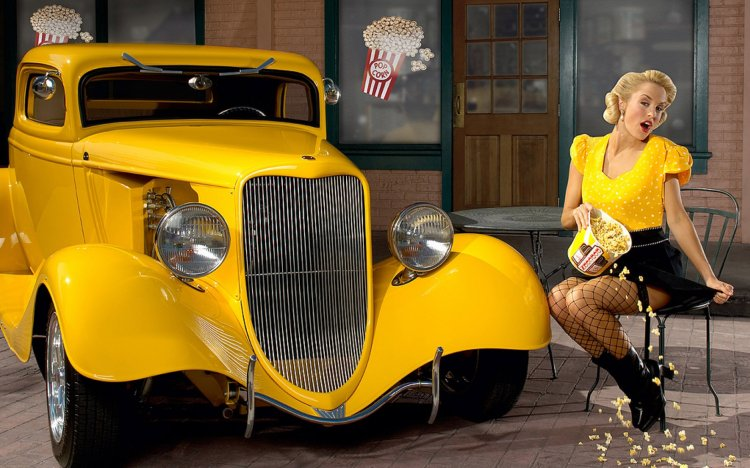 old-yellow-car-ads-2560x1600_42430965